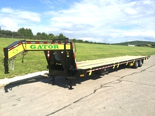 EQUIPMENT TRAILER - TANDEM DUAL GOOSENECK TRAILER FOR SALE